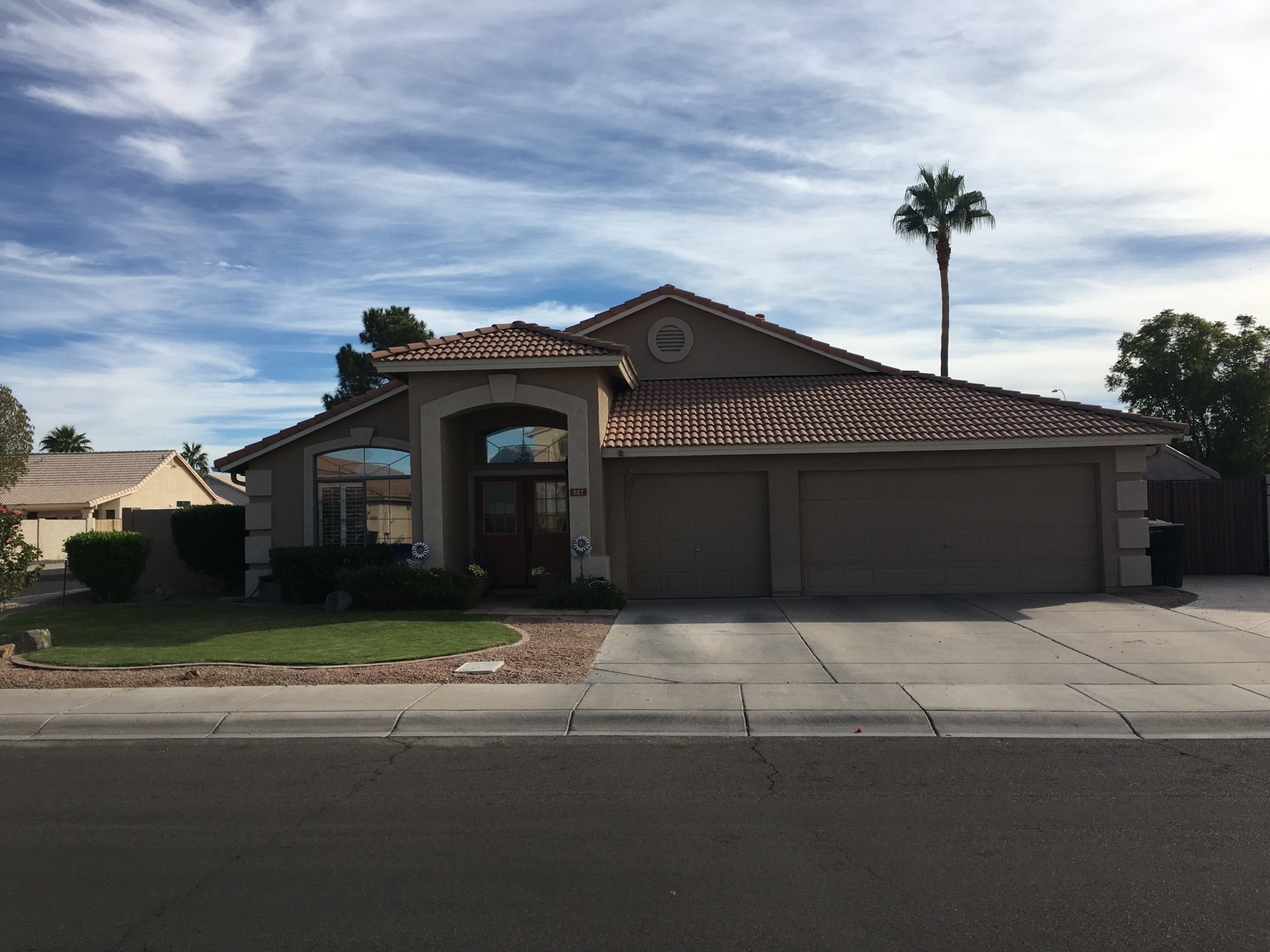 529 E Blue Eagle Lane Phoenix, Arizona 85086